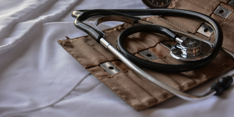 врача